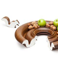Wooden ring turned fruit bowl in oak.