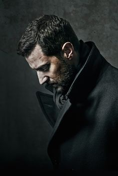 Richard Armitage as John Proctor. We need someone to analyse this coat and scarf.