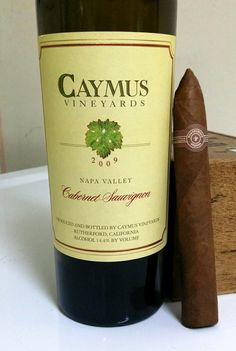 Enjoying 2 favorites Caymus Cabernet Sauvignon ( 94pts ) and Montecristo No.2 cigar. (92pts) www.caymus.com