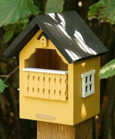▷ Nistkästen richtig aufhängen und Übersicht schöner Modelle - [LIVING AT HOME] Bird Houses, Squirrel, Birds, Outdoor Decor, Home Decor, Animals, Virgos, Species Of Birds, Nest Box