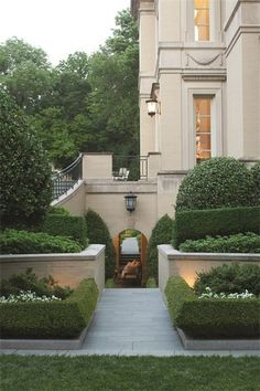 A new beautiful and big-ticket home just landed on the market, making waves as the most expensive home in Washington, D. While tied with this Kalorama abode for the title of D.'s priciest. Dream Home Design, My Dream Home, Luxury Homes Dream Houses, House Goals, Exterior Design, Future House, Beautiful Homes, Architecture Design, House Styles