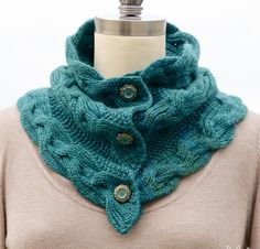 Loving the elegant look of this cowl for the upcoming winter!    Monarch Cowl Kit