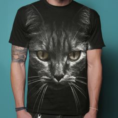 Nothin sexier than a man who can rock a cat tee