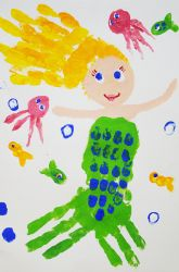 Hand-print mermaid. Very cool handprint craft for kids.    #kids #handprints #kidscrafts