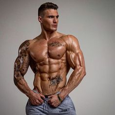 Find the love & the results with follow! - Check out my 🎥YouTube Channel...Search for DICKERSON ROSS & Subscribe! - DON'T MISS OUT! Get Results with me & Receive a Massive 25% Off All My Training Plans Today On Site With Code: 'CHRISTMAS25' - View Plans Here...Link In Bio👉@DickersonRoss - WWW.DICKERSONROSS.COM - #DickersonRoss #aesthetics