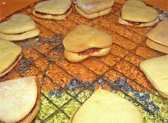 No Conforto da Minha Cozinha...: Bolachinhas com Recheio de Morango
