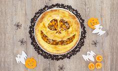 Torta salata di Halloween con zucca e funghi