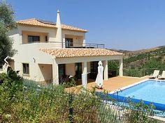 Luxe villa voor 6 personen in het achterland van de Algarve met zwembad  Vakantieverhuur in Santa Catarina da Fonte do Bispo van @homeaway! #vacation #rental #travel #homeaway