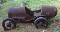 "Triang ""Brooklands"" vintage pedal car - circa 1930's"