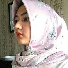 Beautiful Hijab Girl, Muslim Hijab, Girl Fashion, Womens Fashion, Muslim Women, Single Women, Cool Style, Lady, Photography
