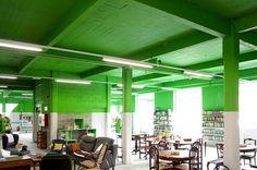 pinta techo  y paredes a media altura de un color,POR EJEMPLO naranja   EkoCenter-de-Emaus-en-Arrasate-Guipuzcoa-PKMN-PAC-MAN-ARCHITECTURES 5