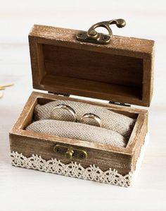 Wedding Ring Box Ring Bearer Box Custom Ring Box Rustic Wedding Box Pillow Alternative Customizable Rustic Ring Bearers, Ring Bearer Box, Ring Holder Wedding, Wedding Rings, Wedding Ceremony, Field Wedding, Unique Rings, Beautiful Rings, Engagement Box