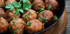 Sweet and spicy meatballs recipe - Meatballs - Meatball Recipes Oven Baked Meatballs, Lamb Meatballs, Crock Pot Meatballs, Stuffed Meatballs, Cheese Meatballs, Cranberry Meatballs, Meatless Meatballs, Keto Meatballs, Italian Meatballs