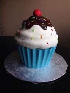 Ice cream Sundae Giant Cupcake
