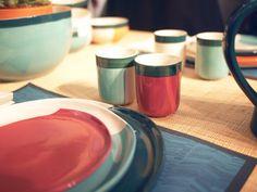 Une vaisselle colorée mais pas clinquante, de Maison Sarah Lavoine pour Monoprix.