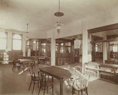 Chippewa Falls Library circa 1940. Courtesy of Wisconsin Historical Society