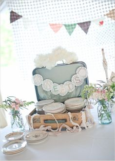 Vintage wedding ideas. The plates inside the luggage: pure genius photographer is http://jennyhaas.com/