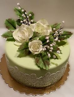 Birthday cake by Caracarla