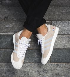 106a80a34d0e Adidas Gazelle Alife x Starcow x White Grey Blue Mens Trainers #Sneakers  Fringues, Chaussures
