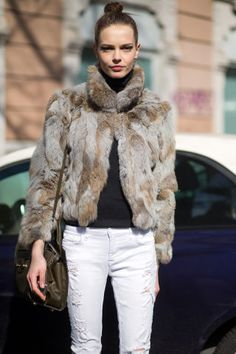 Get winter outfit ideas from the stylish streets of Milan. 193 street style looks to inspire you: