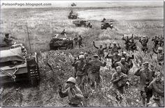Red Army soldiers surrendered in droves to the Germans in 1941 as entire Soviet armies were encircled by the rapidly advancing panzers. It was after the Russians starting executing deserters and captured men and after the German ill-treatment of Soviet POW that the ordinary Russian started fighting to the last man.