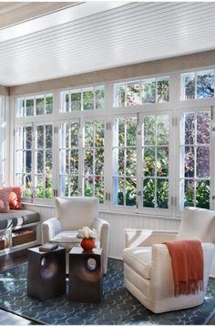 sunroom-screened-porch-design-ideas-sebring-design-build Rustic Sunroom, Small Sunroom, Sunroom Decorating, Sunroom Ideas, Porch Ideas, Backyard Ideas, Indoor Sunrooms, Patio Wall Decor, Sunroom Windows