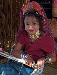 Young Karan girl, weaving;  Chang Rai, Thailand