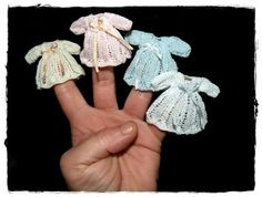 Miniatures in my world: Advent Calendar: Skirt or elegant dress
