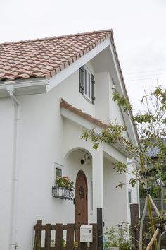 Merlin Home, Garage Doors, Outdoor Decor, Home Decor, Ideas, Decoration Home, Room Decor, Home Interior Design, Thoughts