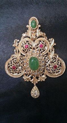 Jewelry Source by Victorian Jewelry, Vintage Jewelry, Moroccan Jewelry, Antique Brooches, Jewelry Photography, Diamond Are A Girls Best Friend, Wedding Jewelry, Jewelry Collection, Beaded Jewelry