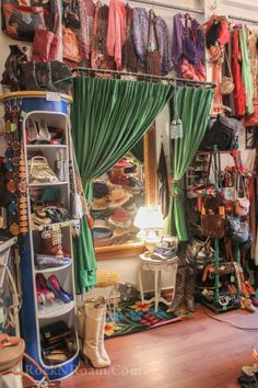 The Effective Pictures We Offer You About hippie home decor A quality picture can tell you many thin Bedroom Inspo, Bedroom Decor, Deco Boheme, Store Interiors, Hippie Home Decor, Aesthetic Room Decor, My New Room, A Boutique, Interior Design Living Room