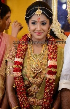 South Indian bride..raj-tv-md-daughter-wedding.