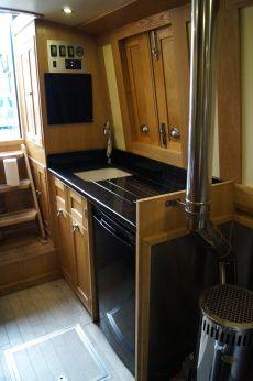 My Ideal Narrowboat Interior Design | Houseboat Living | Pinterest ...