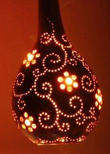 Gourd Lamp 01 Gourd Lamp, Nature Crafts, Gourds, Glass Beads, Projects To Try, Beaded Bracelets, Lights, Kiwi, Artwork