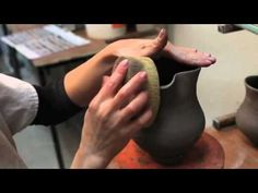 Nicholas Mosse - How We Make It. Nicholas Mosse Pottery