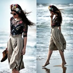 "Blanco Body, Mango Skirt, Mango Boots, Verdepimienta Floralcrown //""Floralcrown"" by Laura Views // LOOKBOOK.nu"