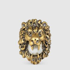 Gucci Anello testa di leone con perla in vetro