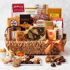Thanksgiving Gift Baskets - Fall Harvest Gift Basket Fall Treats, Thanksgiving Gifts, Fall Harvest, Toffee, Gift Baskets, Gift Guide, Goodies, Chocolate, Food