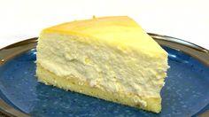 В этом видео подробно показано, как приготовить классический чизкейк, на бисквитной основе, что делает этот десерт более вкусным и нежным. Как приготовить кр...