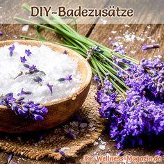 Badezusätze selber machen: Dieses Lavendel-Badesalz, schenkt Ihnen Entspannung und einen tiefen, erholsamen Schlaf ... World Food Programme, Spa, Serving Bowls, Health Fitness, Tableware, Ideas, Beauty, Exfoliating Scrub, Lavender Essential Oils