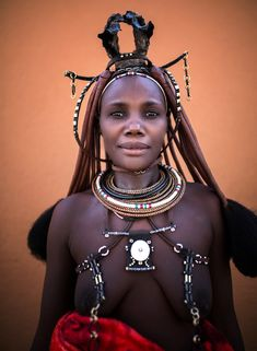 Namibia (mokyphotography) Tags: africa namibia people portrait persone ritratto donna woman himba tribù tribe tribal travel market mercato canon viso face village villaggio