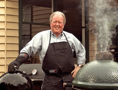 Bob Hart's recipe for Asian Salmon Burgers Grilled Skirt Steak, Grilled Chicken, Barbecued Lamb, Cook Skins, Cedar Plank Salmon, Asian Salmon, Char Grill, Lamb Recipes, Chicken Recipes