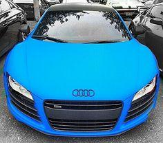 Hear the roar! Blue Audi R8