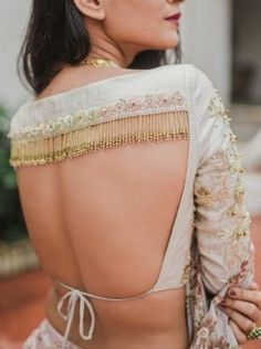62 Latest Lehenga Blouse Designs To Try in F you're wondering about the latest lehenga blouse designs, you've reached the right spot. A designer lehenga blouse can make your look fresh from fashion couture and stunning. To truly explore you… Indian Blouse Designs, Blouse Back Neck Designs, Choli Designs, Lehenga Designs, Choli Blouse Design, Fancy Blouse Designs, Bridal Blouse Designs, Latest Saree Blouse Designs, Sleeve Designs