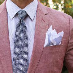 """Texture is my favorite. Chambray Blazer: @jcrew Shirt: @bananarepublic  Tie: @suitsupply  Linen Pocket Square. @jcrew"""