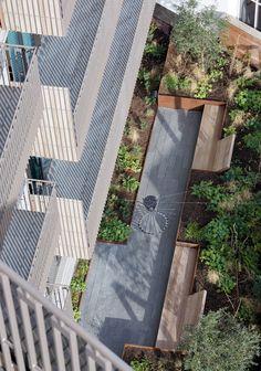 Dachausbau foto hertha hurnaus roofs - Lakonis architekten ...