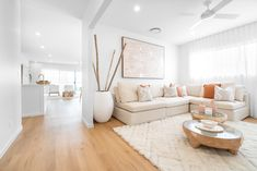 Boho Chic Living Room, Living Room Decor, Living Spaces, Dining Room, Open Plan Kitchen Living Room, Home Decor Kitchen, Home Design Decor, Home Interior Design, House Design