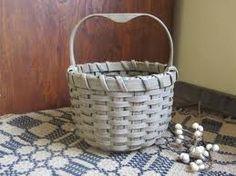 Small Shaker Berry Basket