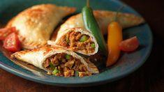 Empanadas with Chipotle Seitan Vegetarian Recipes Dinner, Dinner Recipes, Dinner Ideas, Seitan Recipes, Empanadas, Lunches And Dinners, Fruit, Vegan Style, Raisin