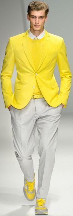Men's fashion---Los ojos son mas beellos si ven bien.Controlate cada año.Lee nuestro blogspot.